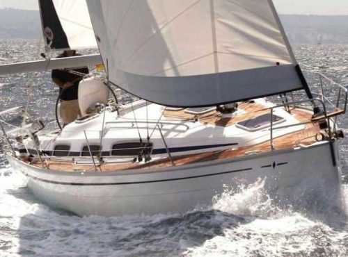 Bavaria 31 Cruiser - Catamaran Charter Greece