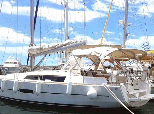 Dufour 382 GL - Catamaran Charter Greece
