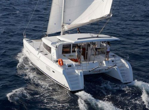 Lagoon 420 - Catamaran Charter Greece
